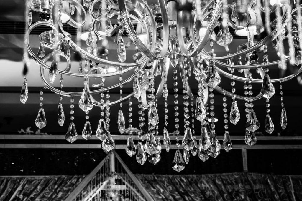 Lampy kryształowe w nowoczesnym wydaniu